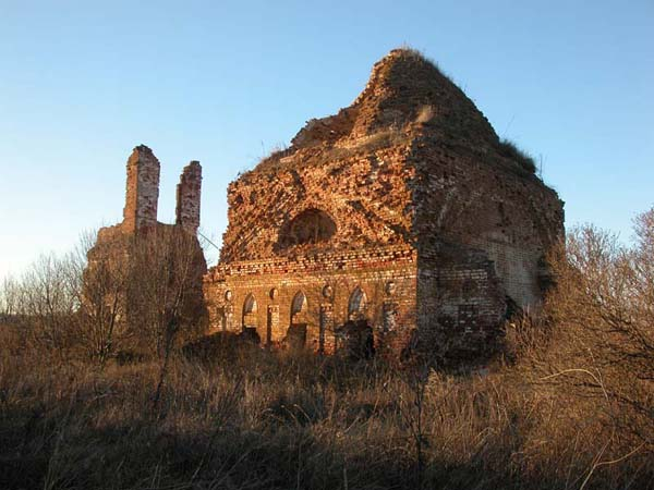 Храм  во имя Архистратига Михаила в Старом Шуструе
