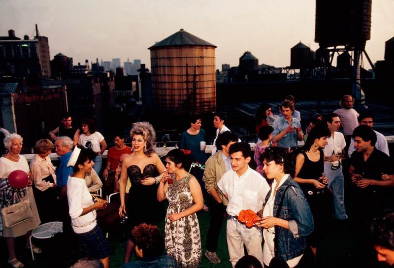 Вечеринка на крыше здания