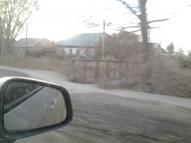 Мостик через Казак-Чекан, рядом еще один такой же