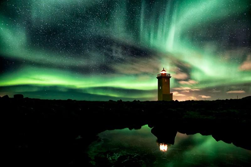 Маяк Аврора в Исландии
