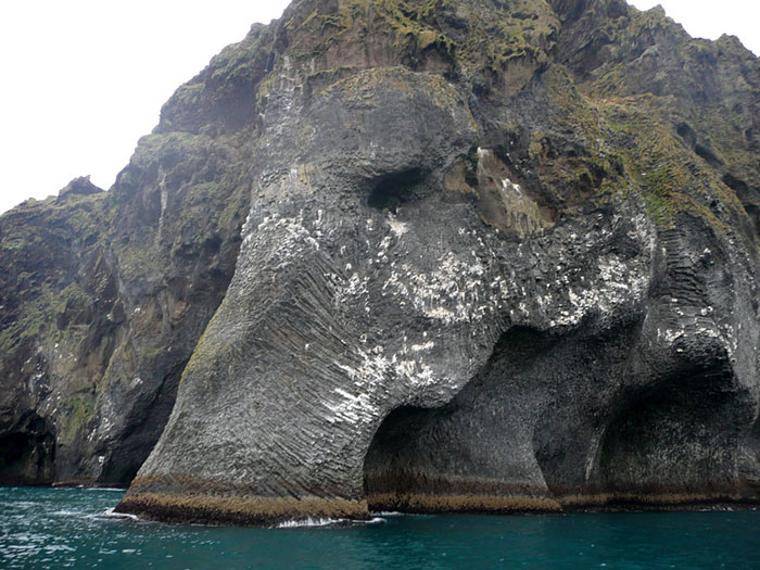rock-formation-elephant-heimaey-iceland-20