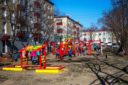 Детскую площадку