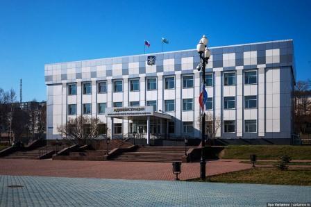 здания городской администрации