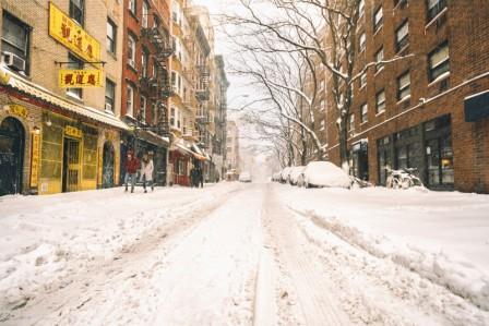 нью йорк завалило снегом