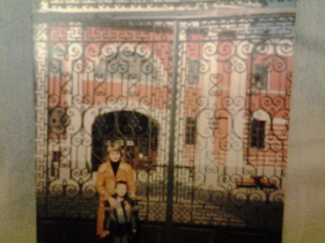 В этой церкви- икона Казанской Божией Матери