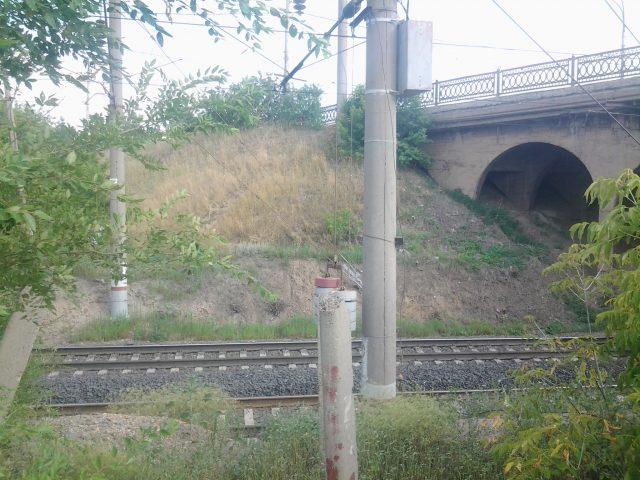 Каждый вечер здесь проходит поезд Орск-Москва