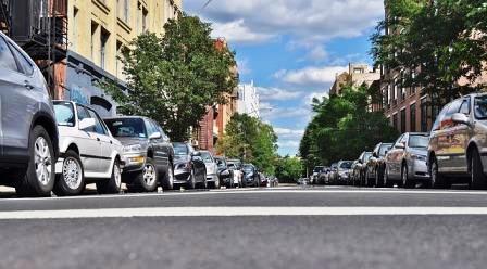 Особенности парковки в гараж и на стоянке